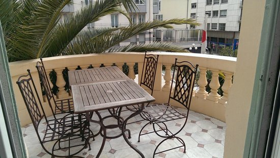 Hotel Vendome: Balcony and view from room 105