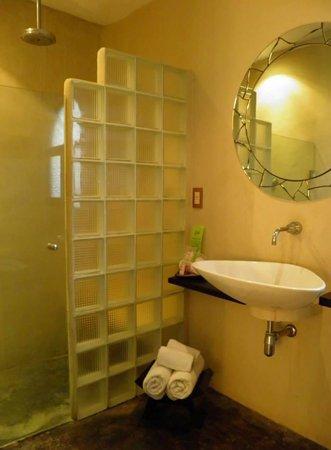 Kinbe Hotel: Bagno