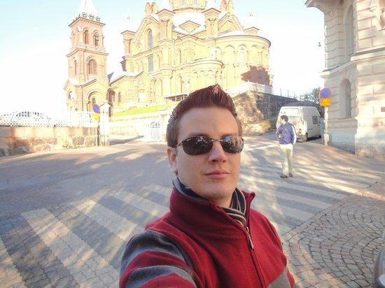 Scandic Grand Marina: Igreja em frente ao Hotel