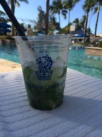 The Ritz-Carlton, San Juan: Great Mojito from the Ocean Bar and Grill delivered to you at the Pool...