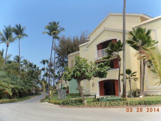 Grand Palladium Bávaro Suites Resort & Spa: Vista del bloque de habitaciones