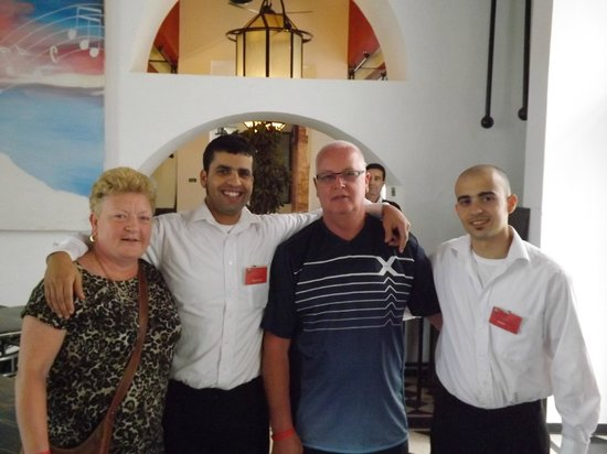 Caribbean Village Agador : our great restaurant staff