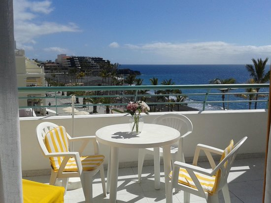 Apartamentos Playa Delphin Photo