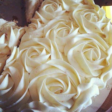 Heavenly Cupcakes: Persian Love Cake