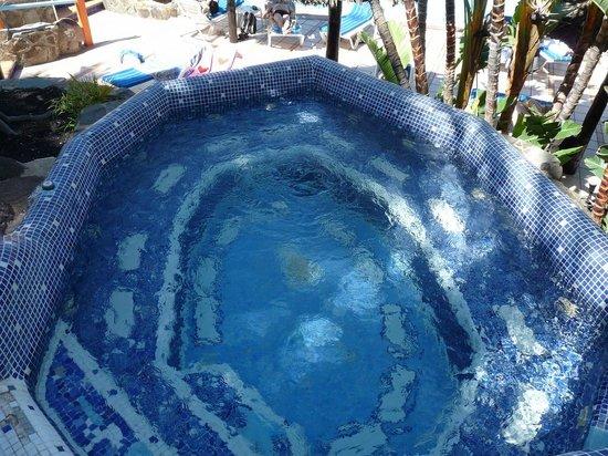 IFA Continental Hotel: Whirlpool