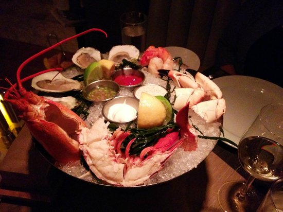 Edge Steak & Bar : seafood platter