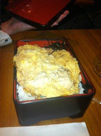 Kintaro Lamen : oeufs brouillés poulet sur lit de riz