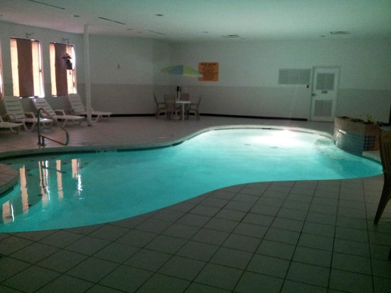 Hotel M, Mount Pocono: Warm pool