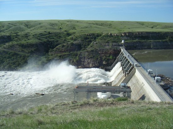 River's Edge Trail: Cochrane Dam in Spring