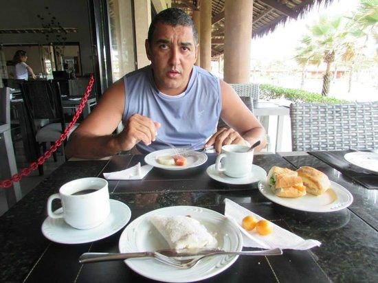Vila Galé Cumbuco: café da manha no restaurante principal