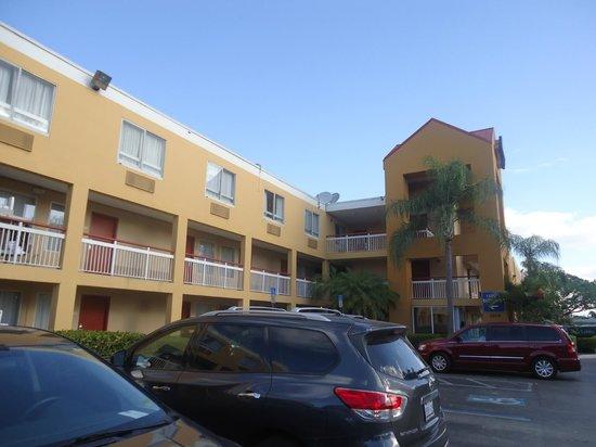 Quality Inn Miami Airport Hotel: Frente do hotel