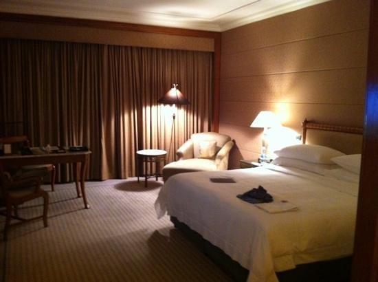Sheraton Grande Sukhumvit, A Luxury Collection Hotel: big room