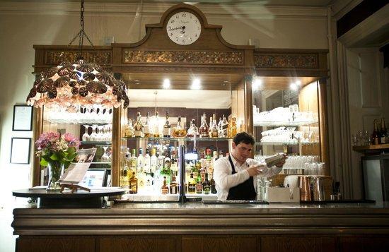 Pelham House Restaurant: Cocktail Bar