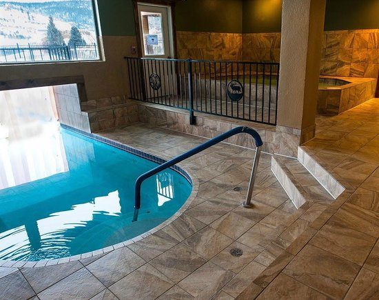 Inn At Silver Creek: Indoor Hot Tubs