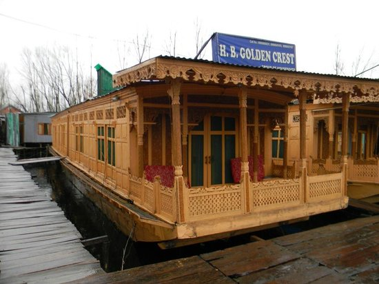 Houseboat Golden Crest : The complete Houseboat