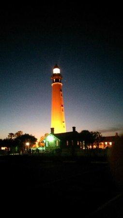 Lighthouse Point Park: Light house