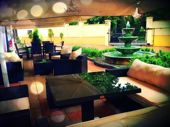 Eco friendly Hotel Dalia: Summer terrace