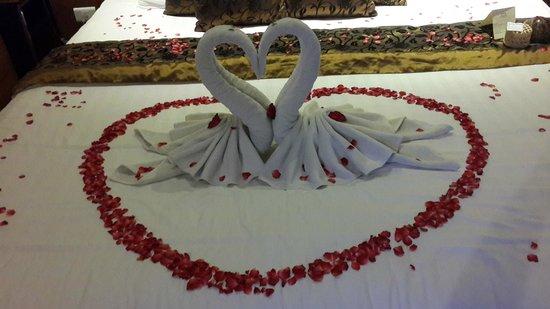 KC Resort & Over Water Villas : Bed