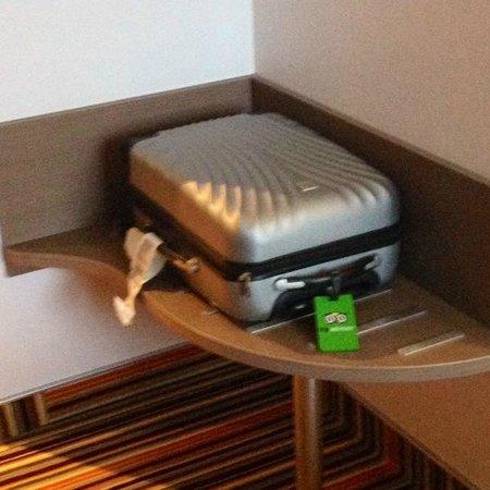 Brit Hotel Atalante Beaulieu : La valise d'un Tripadviseur