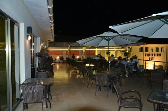 Golden Crown Hotel : Bar terrace
