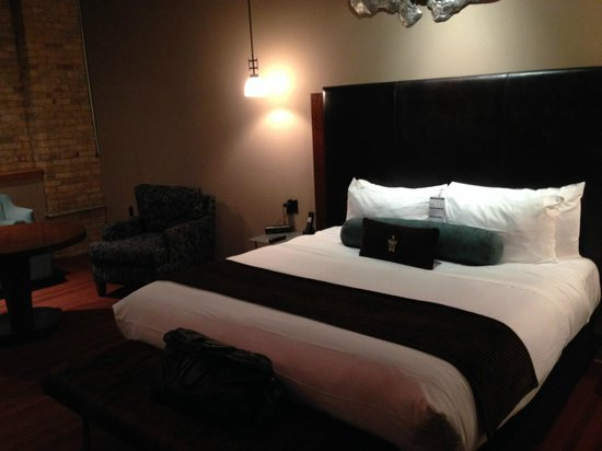 Iron Horse Hotel: Great mattress, great bed