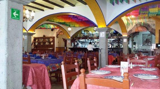 Fonda de Santa Clara: Una toma del primer piso del restaurant