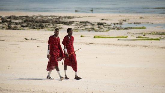 Dongwe Ocean View: Ряженые масаи