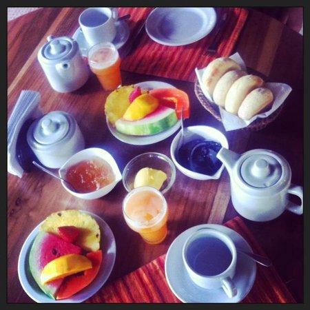 Hotel Magellan Inn: Petit-déjeuner excellent