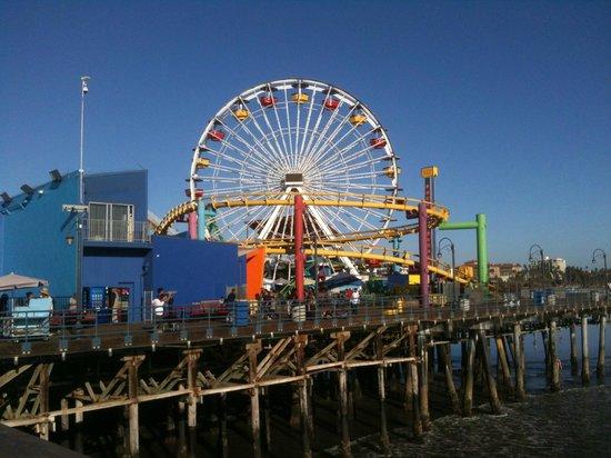 Seaview Hotel: Pier