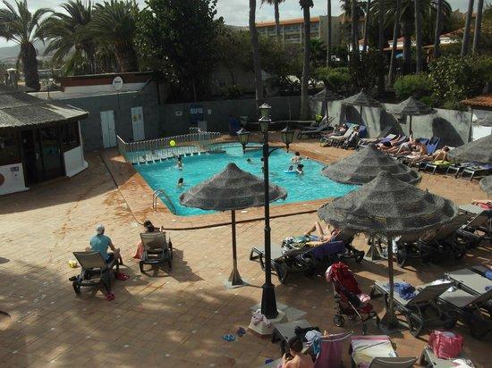 Barcelo Castillo Beach Resort : piscina caliente