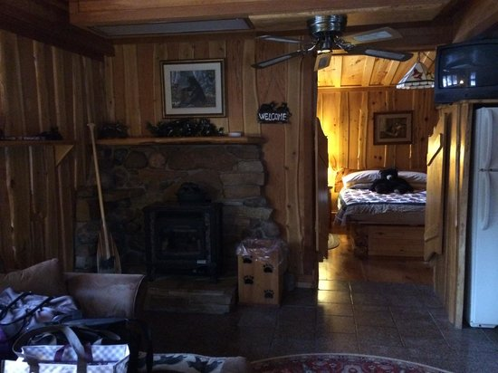 Big Bear Hideaway: Black Bear Bungalow