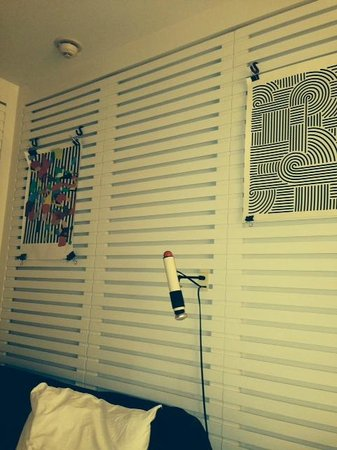 wall art with clips and bed lighting - Picture of Ace Hotel and Swim ...