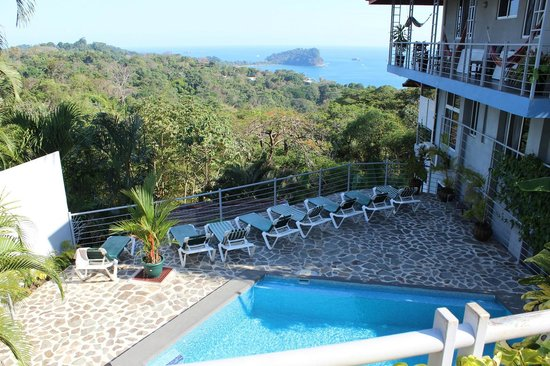 Villa Manuel Antonio pool view