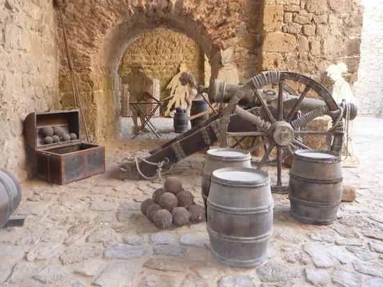 Ibiza Stadt und Burg: Ibiza Castle Cannon