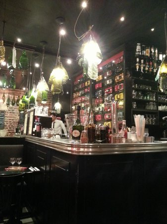 Alfio: Bar