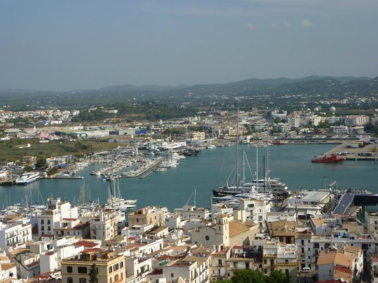 Ibiza Stadt und Burg: Ibiza Port view from Castle