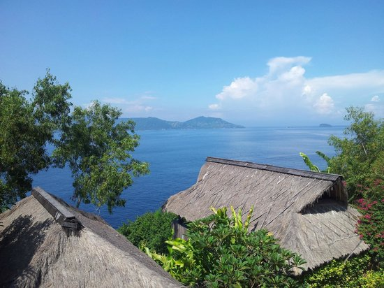 Bloo Lagoon Village: Sea view from open balcony of villa