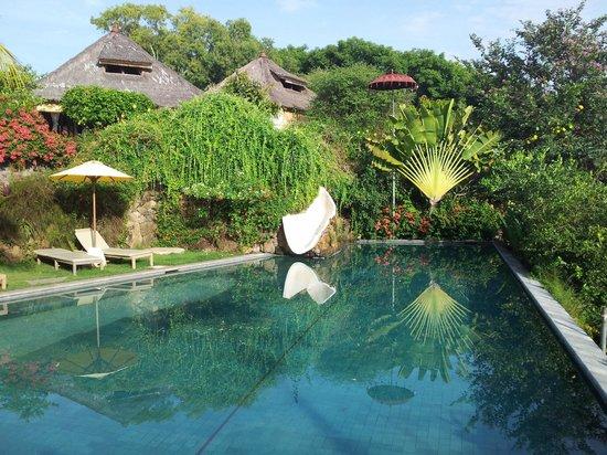 Bloo Lagoon Village: Pool (deep end) and slide