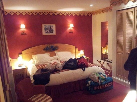 Le Bois Joli: Panorámica de la habitación