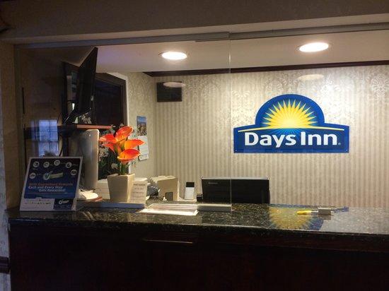 Days Inn Ridgefield NJ : Clean and Welcoming