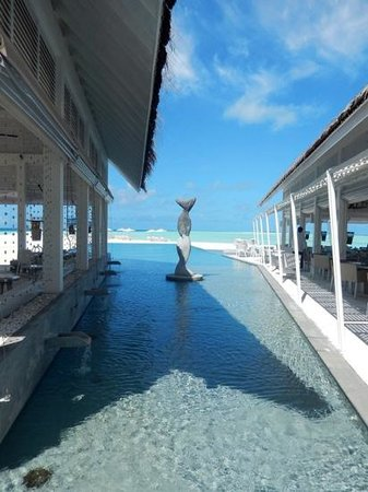 Four Seasons Resort Maldives at Landaa Giraavaru: a view of the beach through the Italian resturant