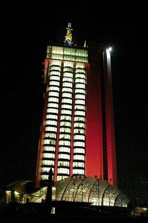 University of Khartoum: برج الهئية القومية لﻻتصاﻻت شارع النيل / الخرطوم / السودان
