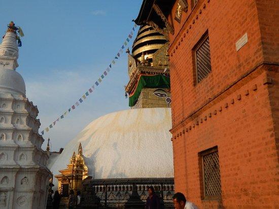 Swayambhunath-Tempelkomplex: Stupa di Swayambhunath