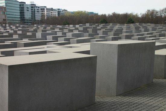 Berlin Urban Adventures: Holocaust Memorial, Hannah-Arendt Strasse