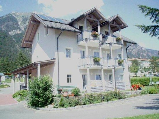 Fruehstueckspension & Ferienwohnungen Familie Kraker: Appartementhaus