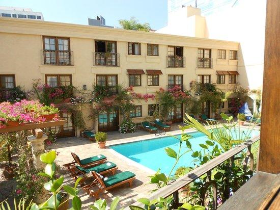 Best Western Plus Sunset Plaza Hotel: vue de la chambre