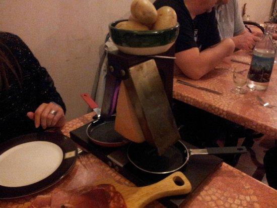 La Grande Fache : La raclette en marcha