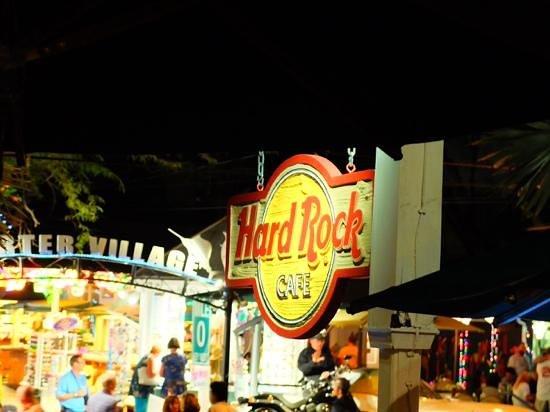 Hard Rock Cafe: Rock...
