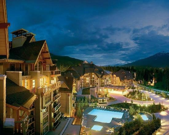 Four Seasons Resort and Residences Whistler: Four Seasons Whistler Hotel