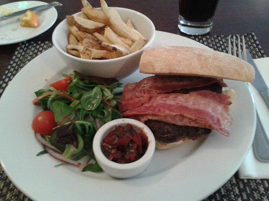 Allanton Inn: Burger